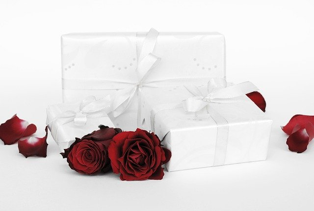 Best Valentine's Day Gifts for 2021 in india
