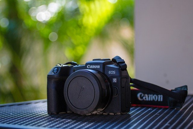 How to Choose Best Mirrorless Camera